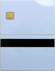 J2A040 smart card with mag stripe